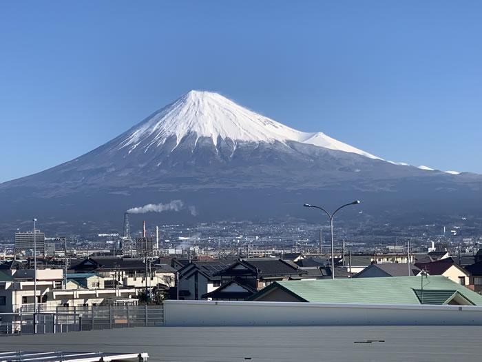 明産本社屋上から見た富士山